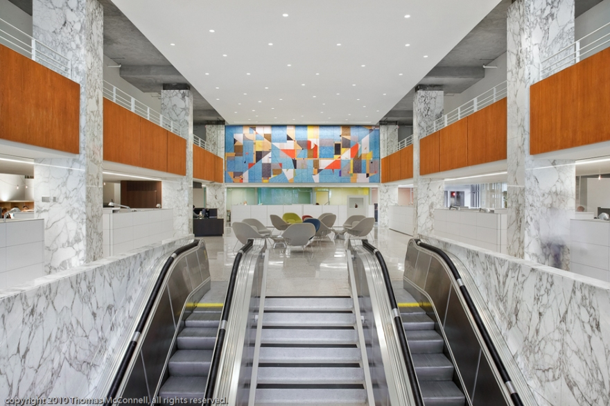 A view of the escalators, lobby and mural (photo: Lost Laurel).